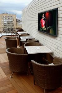 _sunbriteds-Commercial-Cafe_SBTV
