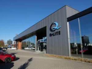 Q-Lite is gevestigd in Baarle-Nassau (Nederland), maar het bezoekadres ligt in Baarle Hertogh (België).