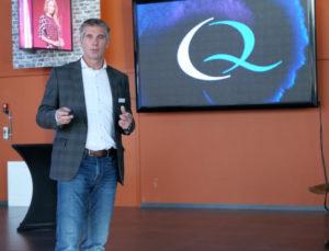 """Jacco Zwart, commercieel directeur Q-Lite, verwacht veel van 'Display as a Service':  """"Men kan onze Q-Led TV gebruiken tegen een jaarlijkse vergoeding."""""""